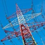 pilones de una línea eléctrica — Foto de Stock