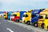 Trucks parking on — Zdjęcie stockowe