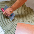 Tiler at work — Foto de Stock
