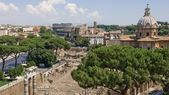 View from the Campidoglio on the Roman Forum and Colosseum — Stock Photo