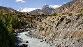 In the Himalayas conditions are harsh - but it is beautiful! — Stock Photo