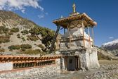 While trekking in the Himalayas misses many of the buildings — Stock Photo