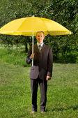 Biznesmen pracy na zewnątrz — Zdjęcie stockowe