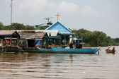Floating House - Tonle Sap, Cambodia — Stock Photo
