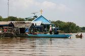 Floating House - Tonle Sap, Cambodia — Stock Photo