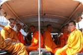 Monks on the Road - Phnom Penh, Cambodia — Stock Photo