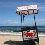 Ice Cream Vendor - Marina Beach, Chennai, India — Stock Photo