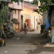 Street in Slum area, Mumbai, India — Stock Photo