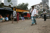 Street Life - Slums in Bombaby, Mumbai, India — Stock Photo