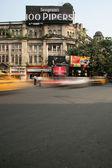 Yellow Taxis - Park Street, Kolkata, India — Stock Photo