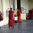 Monks Debating at Home Of Dalai Lama, India — Stock Photo