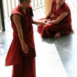 Monks Debating at Home Of Dalai Lama, India — 图库照片