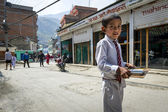 Nepalese pupil on Kathmandu street — Stock Photo