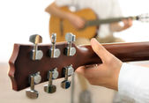 Guitar lesson — Stock Photo