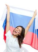 Voetbal meisje fan met russische nationale vlag schreeuwen — Stockfoto