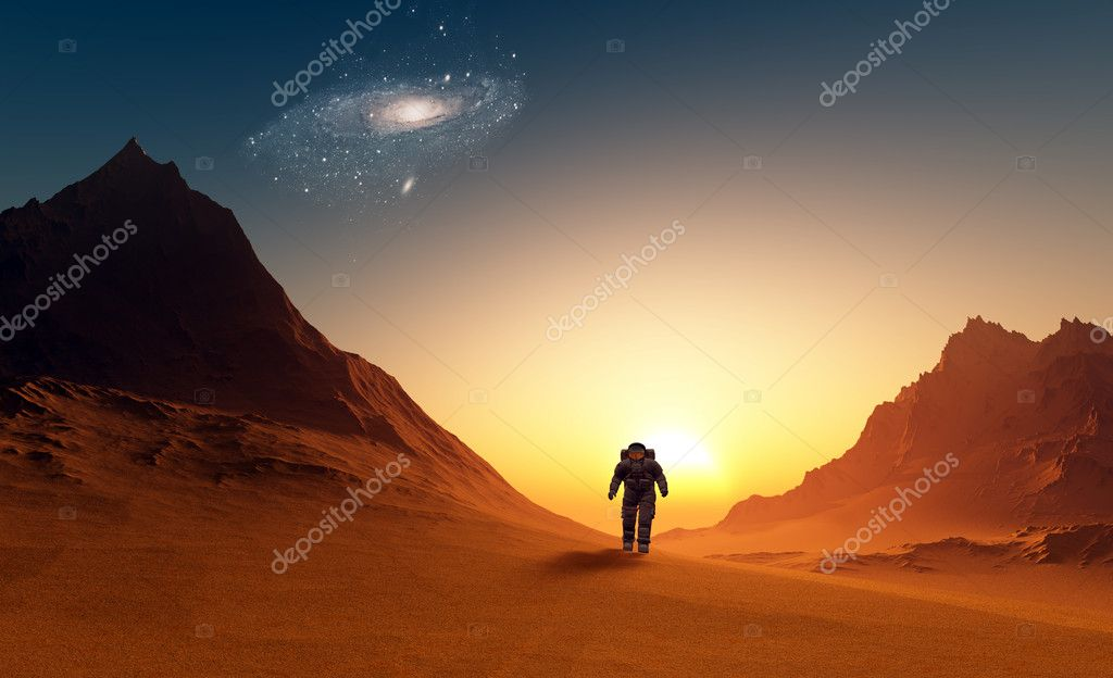 The astronaut  on the background of the planet. — Stock Photo #12320191