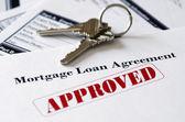 Immobilier hypothécaire approuvé le document de prêt — Photo