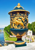 Ancient vase on a fencing of Grand Cascade Fountains At Peterhof — Stock Photo