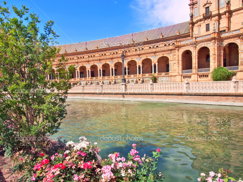 Famous Plaza de Espana, Sevilla, Spain — Stock Photo #11829764
