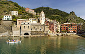 Cinque Terre village of Vernazza — Stock Photo