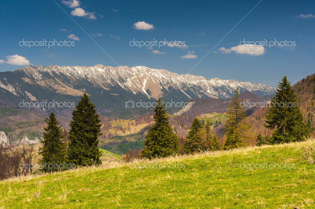 Landscape with mountains in the summer day — Stock Photo #10819785