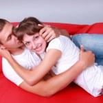 liefdevolle knuffels — Stockfoto