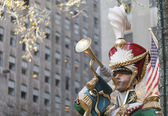 Toy Soldier Trumpeter at Rockefeller Center — Stock Photo