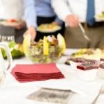 デザート ミニ クリーミーな前菜をケータリング — ストック写真