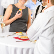 Business woman eat dessert from catering service — Stockfoto