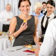 Business woman eat dessert from catering service — 图库照片