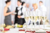 Aperitif champagne for meeting participants — Stockfoto