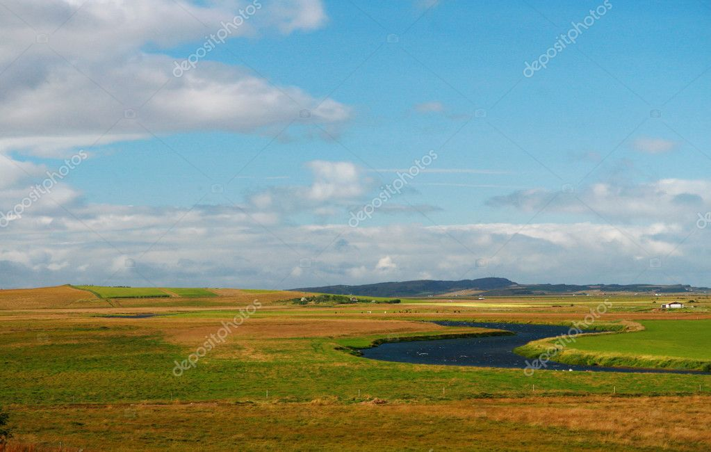 Beautiful landscape of a plain in Iceland — Stock Photo #11476760