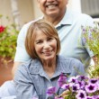 Senior couple relaxing in garden — Stock Photo #11884648