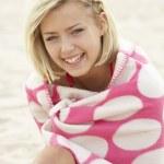 Portrait teenage girl on beach — Stock Photo #11884931