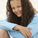 Portrait teenage girl outdoors — Stock Photo