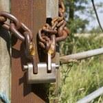 chaîne et un cadenas — Photo