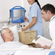 Doctor, nurse and patient in USA Accident and Emergency — Stock Photo