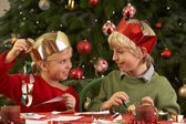 Children Making Christmas Decorations Together — Stock Photo