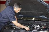 Mechanic at work — Stock Photo