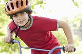 çocuk binicilik bisiklet — Stok fotoğraf