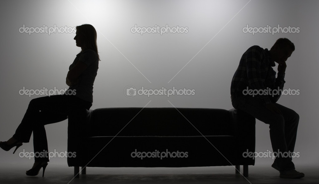 Man and woman in silhouette — Photo #11886984