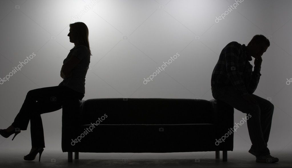 Man and woman in silhouette — Stock fotografie #11886984