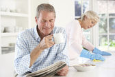 Tension between retired couple — Stock Photo