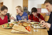 Teenage Family Having Argument Whilst Eating Lunch Together In K — Stock Photo