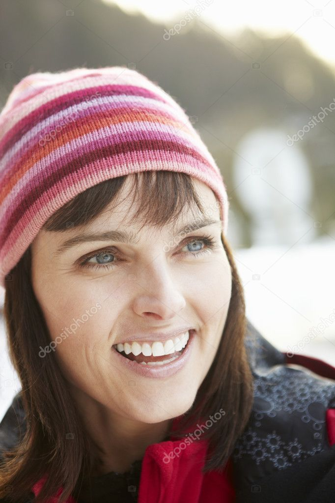 Middle Aged Woman Dressed For Cold Weather — Stock Photo #11892448