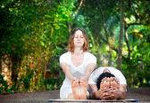 Yoga couple — Stock Photo