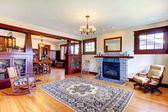 Schöne alte handwerker stil zuhause wohnzimmer interieur. — Stockfoto
