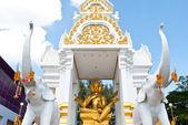Thajsko socha buddhy v chrámu. — Stock fotografie