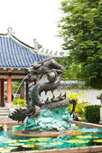 Dragon statue in the park — Stock Photo