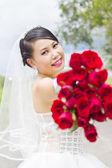 Beauty bride in wedding dress. — Stock Photo
